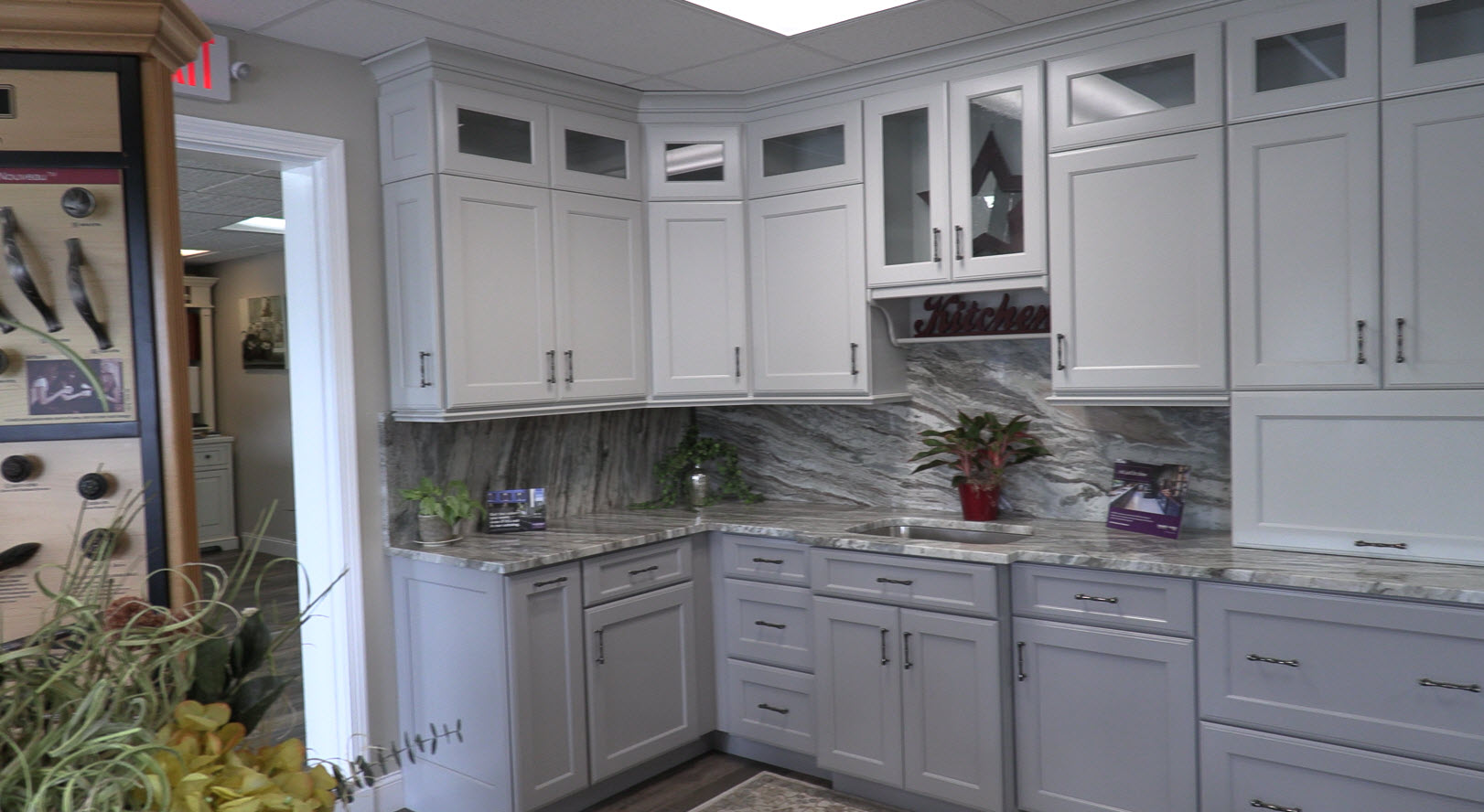 Kitchen And Bathroom Cabinets And Vanities Kitchen Advantage